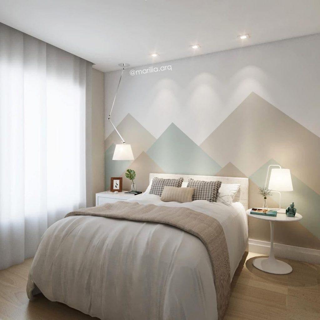 Triangle montagne sur le mur de la chambre